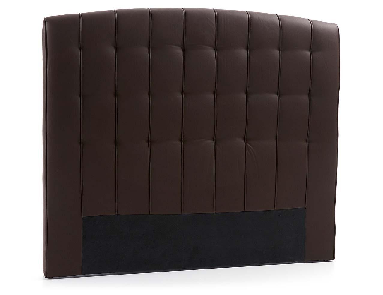 En piel sintética chocolate para cama de 150 cm.