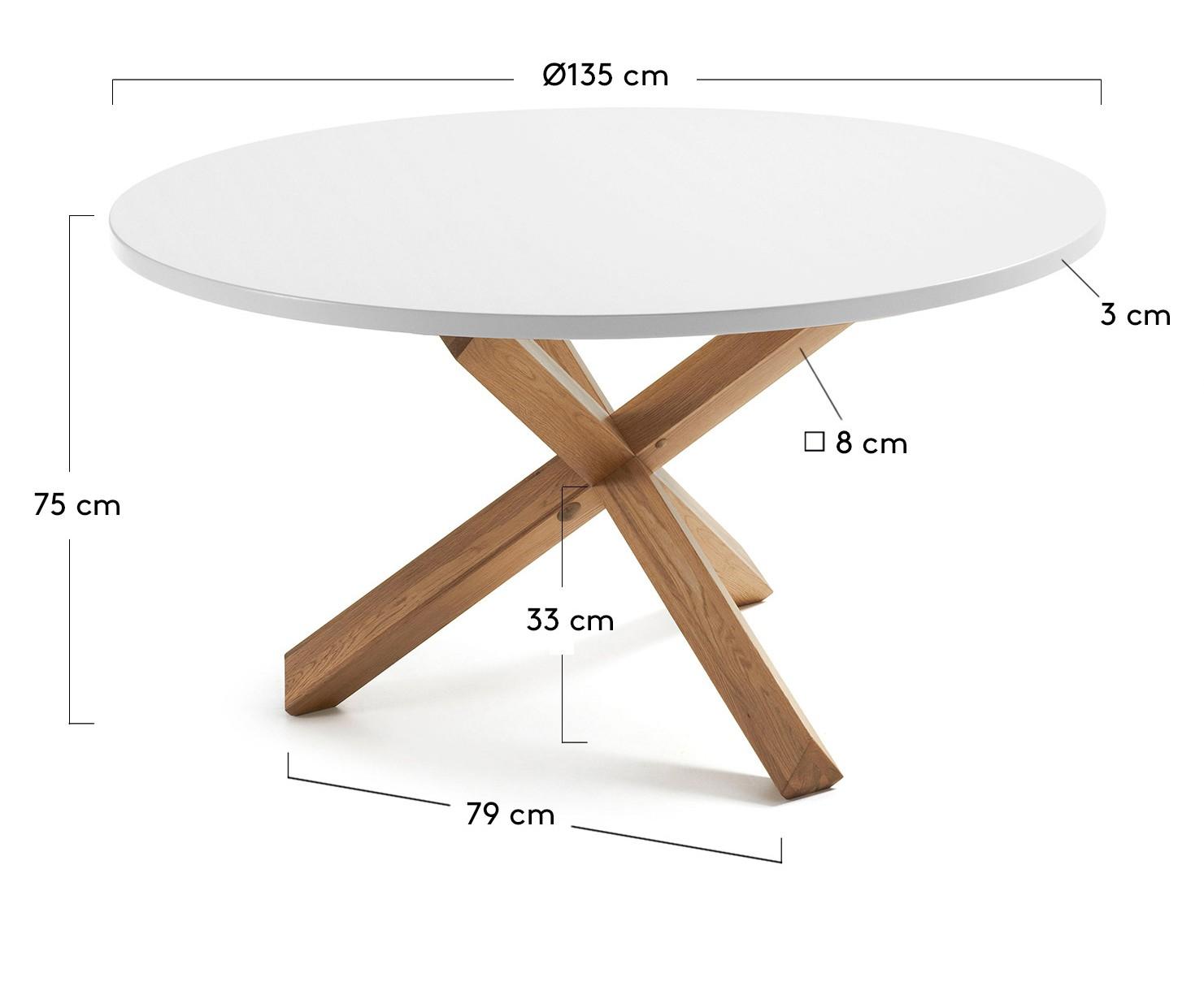 Diámetro de 135 cm.